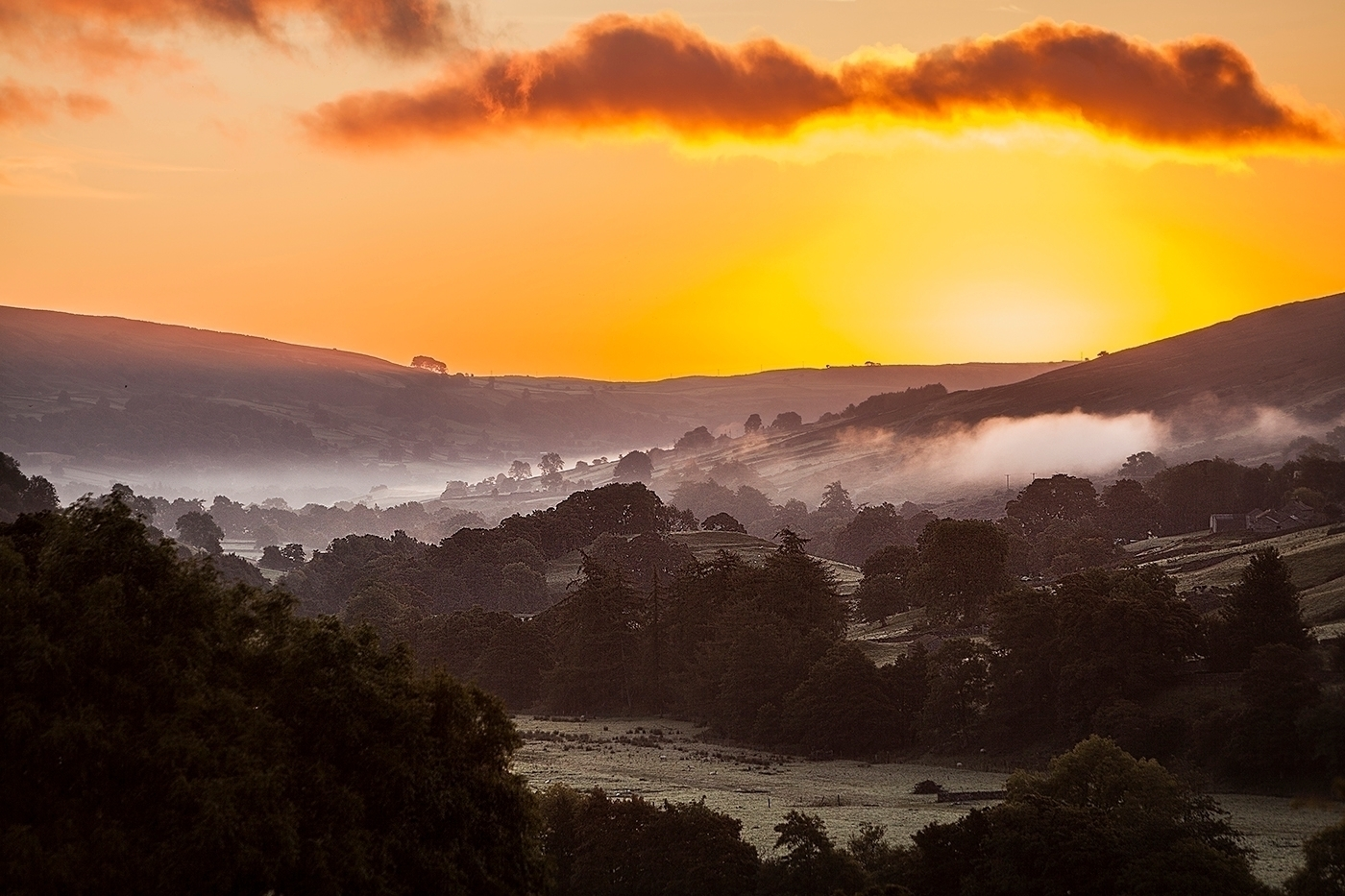 Swaledale Valley Sunrise - sandracockayne | ello