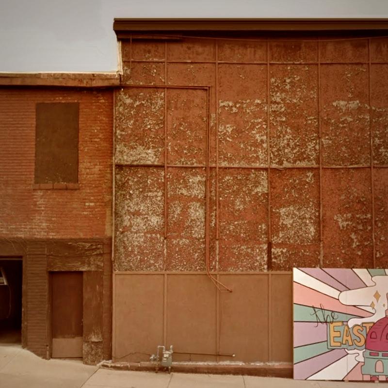 Walls / East Street, Des Moines - dispel   ello