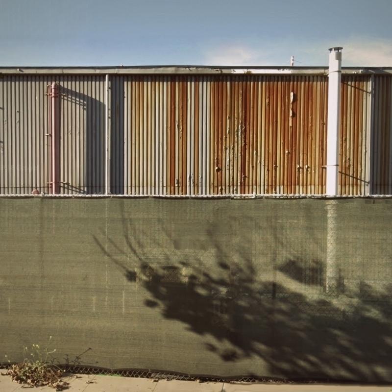 Walls / Bluff Creek Drive, Los  - dispel | ello