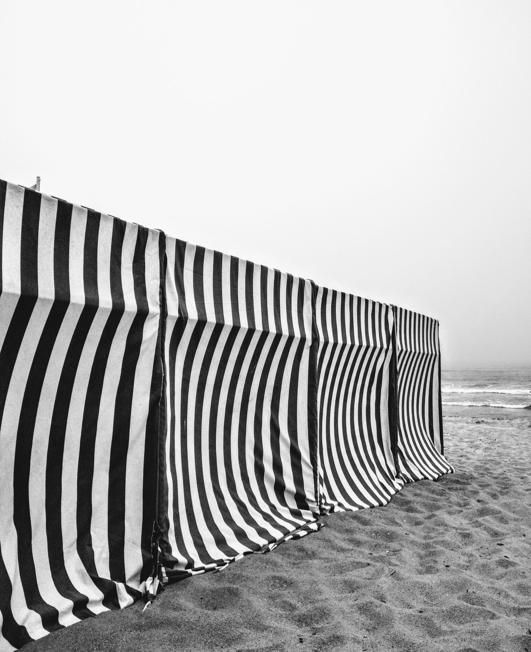 cry sea Porto, Portugal - monochrome - teresaforever | ello