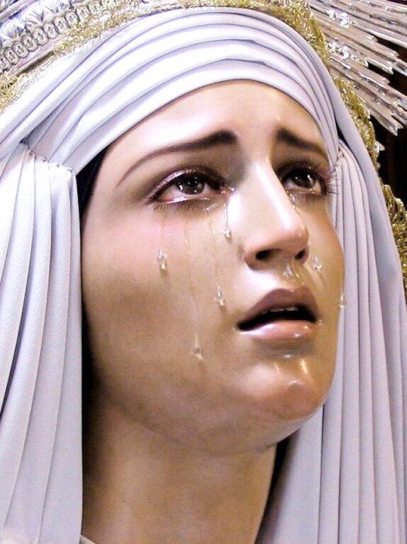 Statues Lady Sorrows (Spain) sc - modernism_is_crap | ello