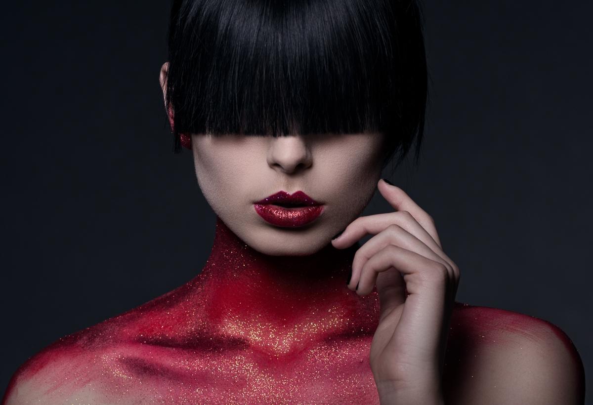 Photographer:Daniel Hollister  - darkbeautymag   ello