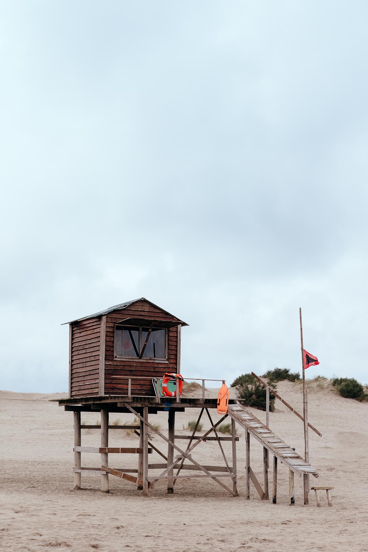 Life guard cabin Felix Padrosa  - felixpadrosa | ello