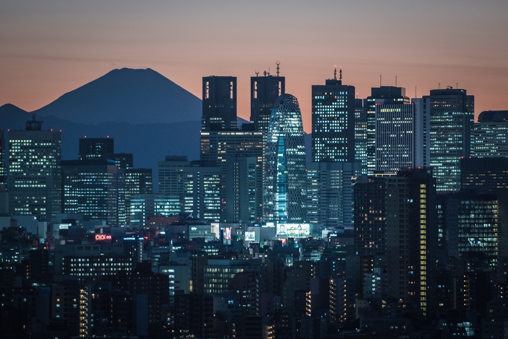 Urban building Mount Fuji. - yoshirou | ello