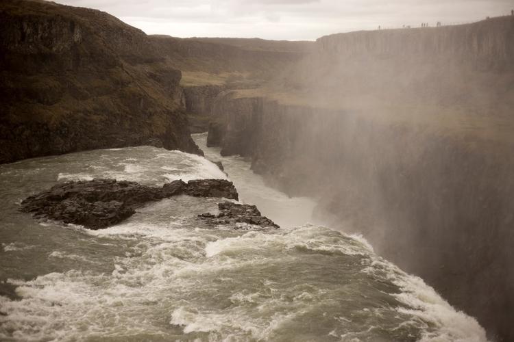 Untamed Iceland - jhollaholla | ello