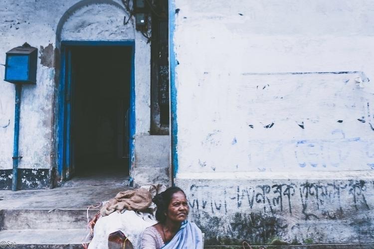 Calcutta Chromosomes - stories - sat1974 | ello