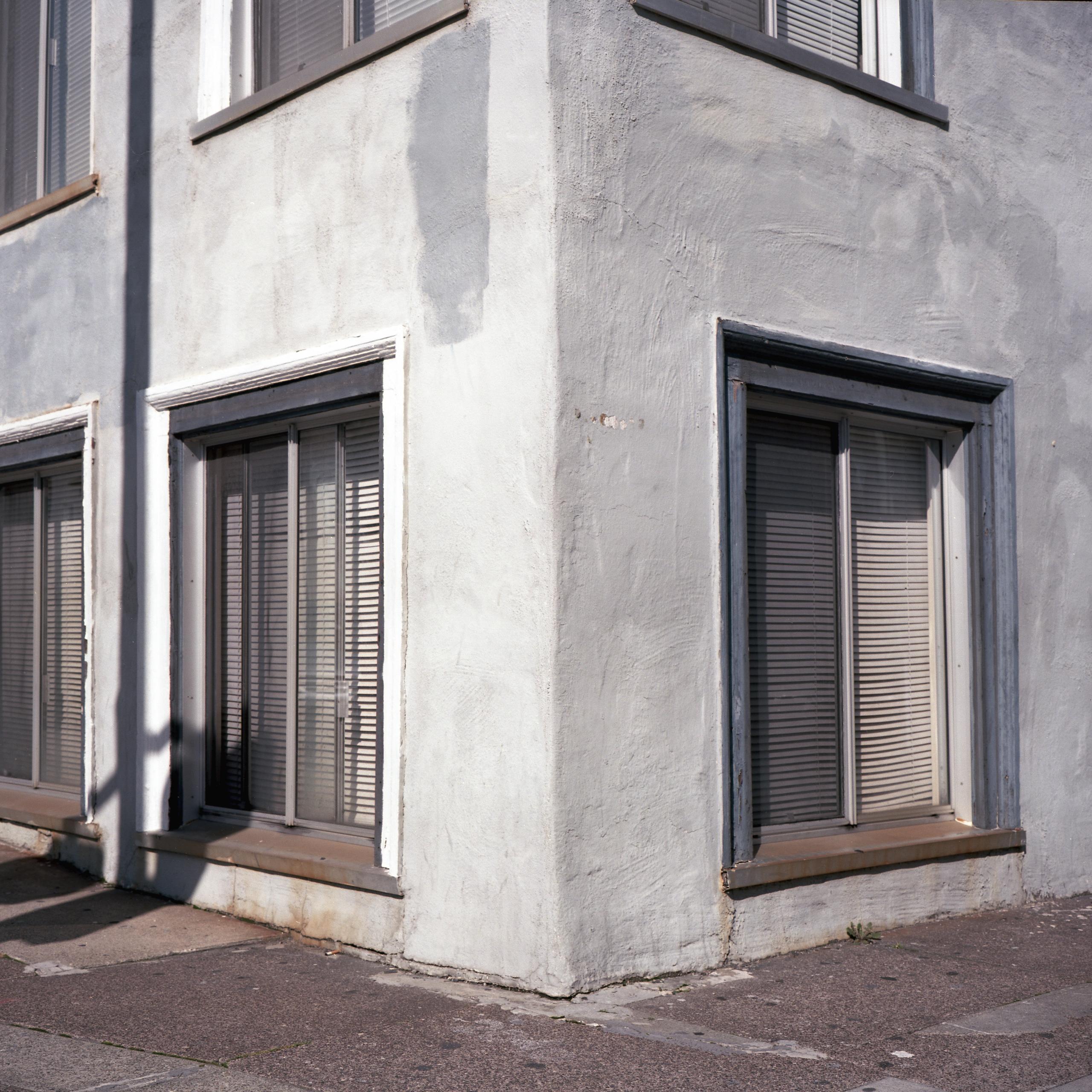 Ground floor Kodak Ektar 100 Ma - biosfear | ello