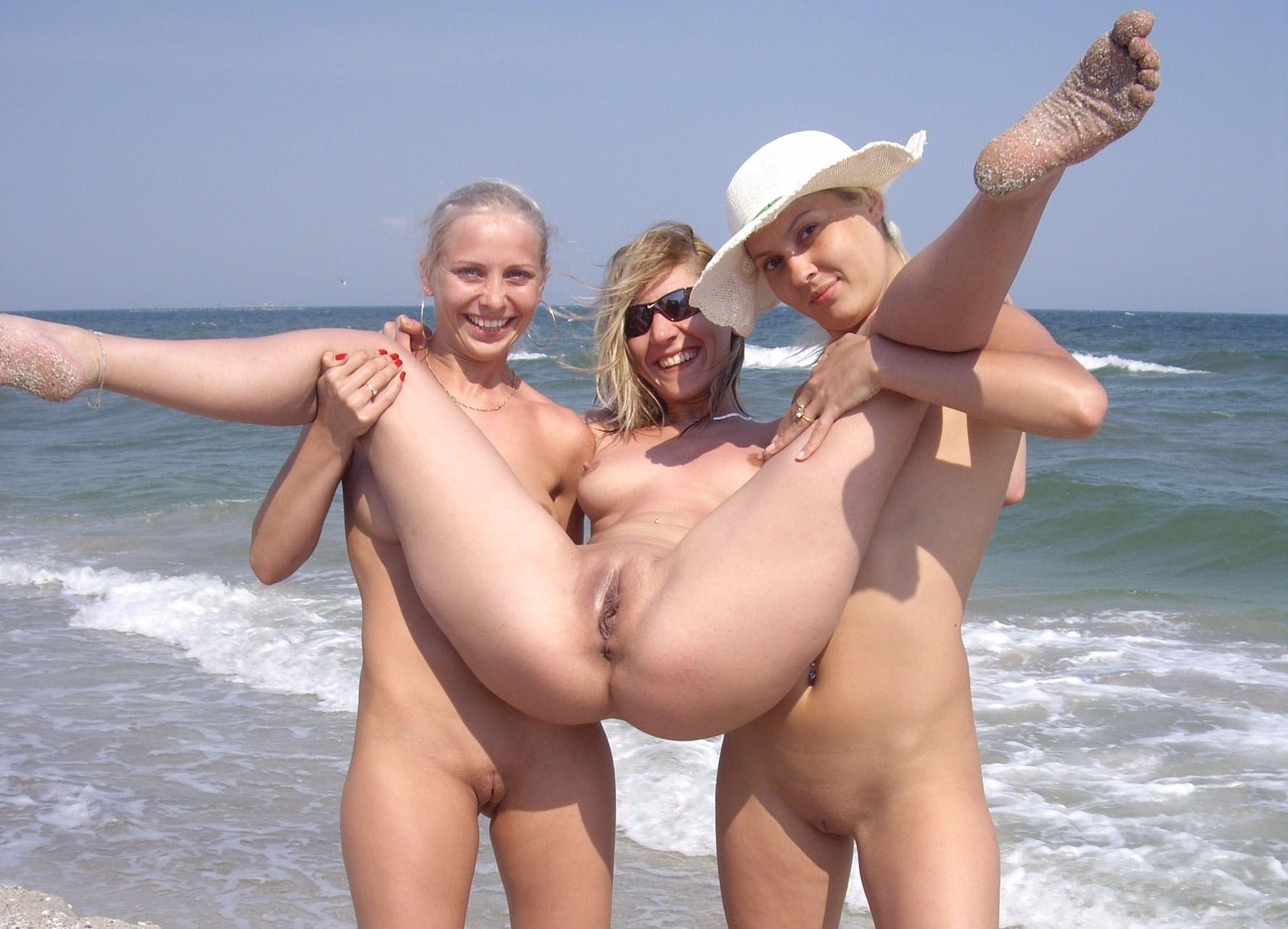 fun beach - nudebeach - sunflower22a | ello