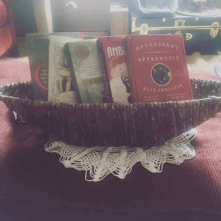 baskets. books - shelfie. - schmidtemilyk | ello
