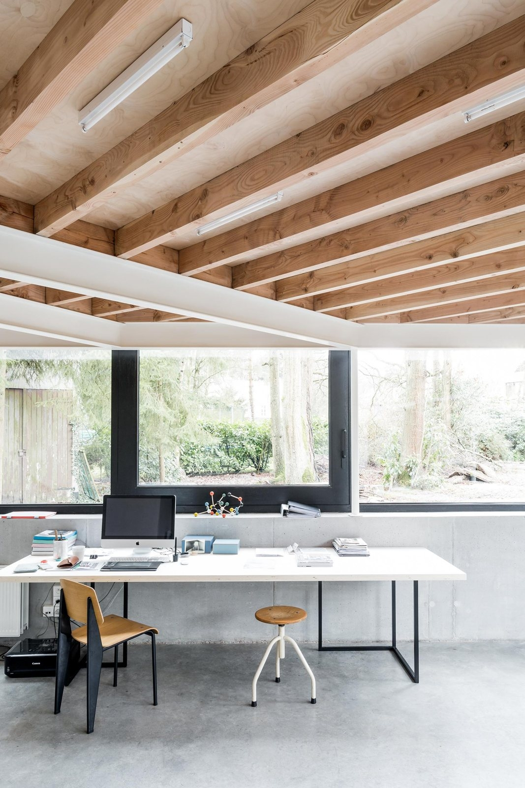 Workspace sunken studio. House  - upinteriors | ello