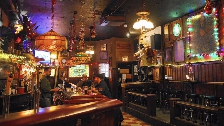 ode Chicago dive bars - chicagotribune | ello