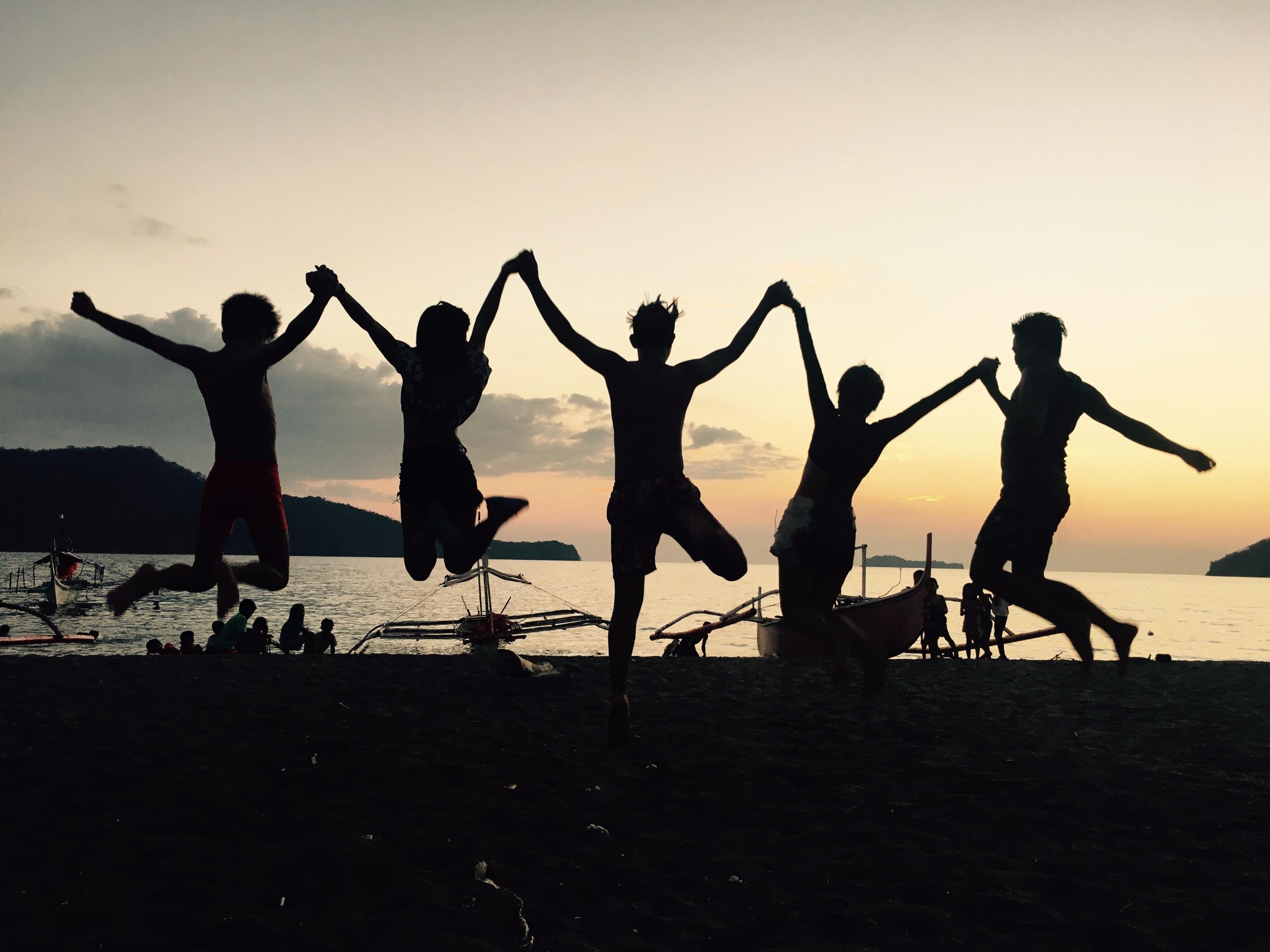 Jump high! SandBar Nasugbu Bata - rheaiyah | ello