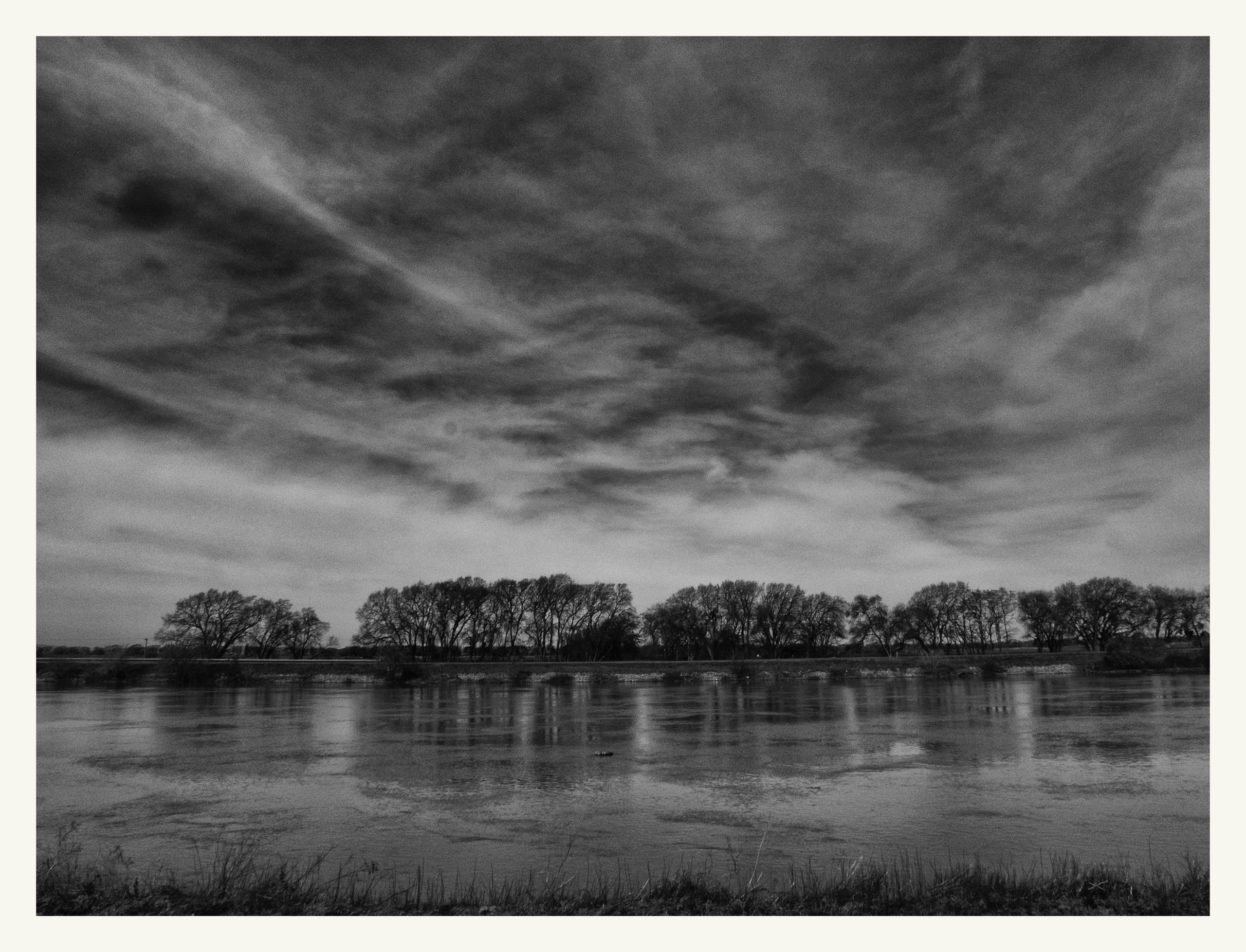 Sacramento River, CA - guillermoalvarez   ello