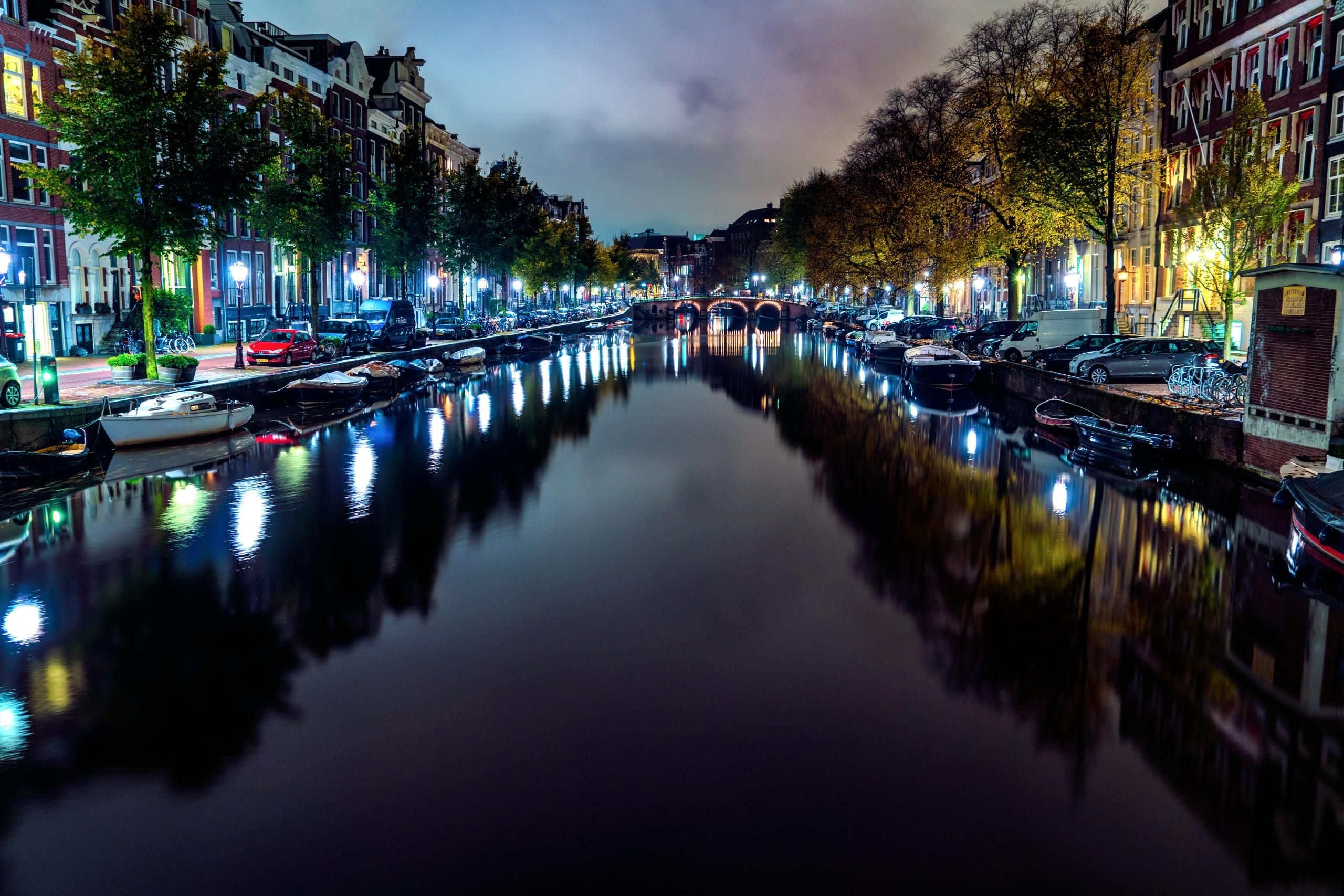 Amsterdam Early Morning Hours s - rickschwartz   ello