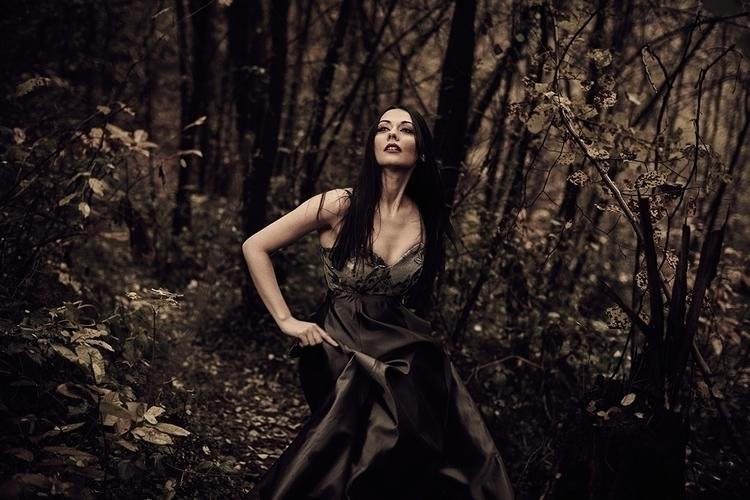 Photographer:Riccardo Torri St - darkbeautymag | ello