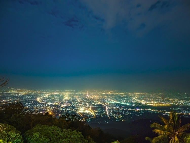 Chiangmai Doi Suthep Lookout, T - travischau | ello