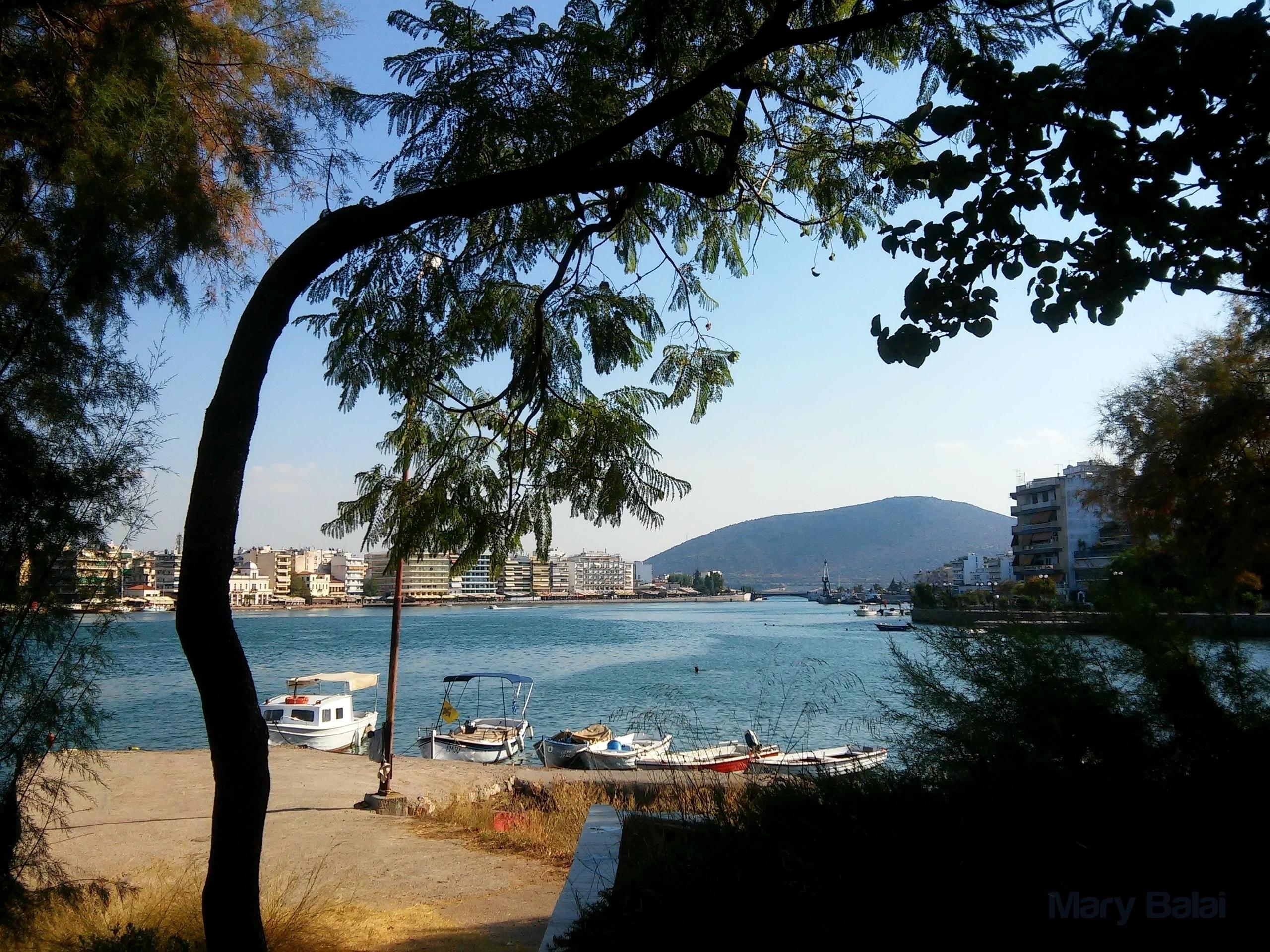 Lovely view Chalkida! Evia isla - mairoularissa | ello