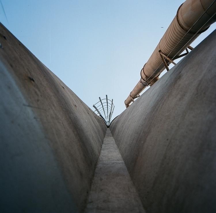 industrialnomads#nomads#shotonfilm#hasselblad#mediumformat#120mm#ellofilmphotography - teetonka   ello