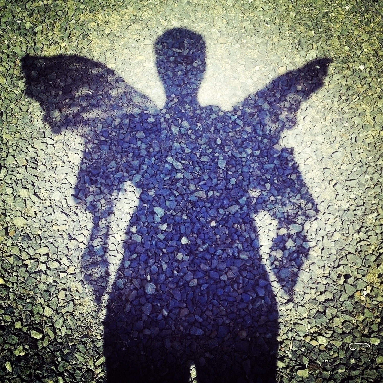 Winged heart full stones - writes_ry - retroyeti | ello