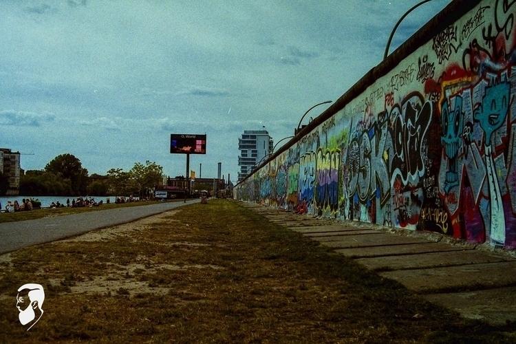 Berlin Wall - 2015 [35mm Nikon - bdsdesignco   ello