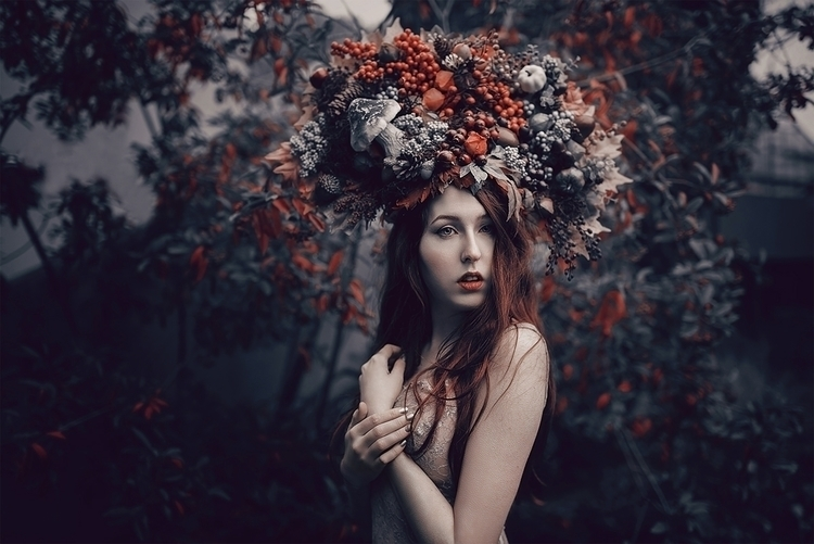 Photographer/Headpiece:Andrea  - darkbeautymag   ello