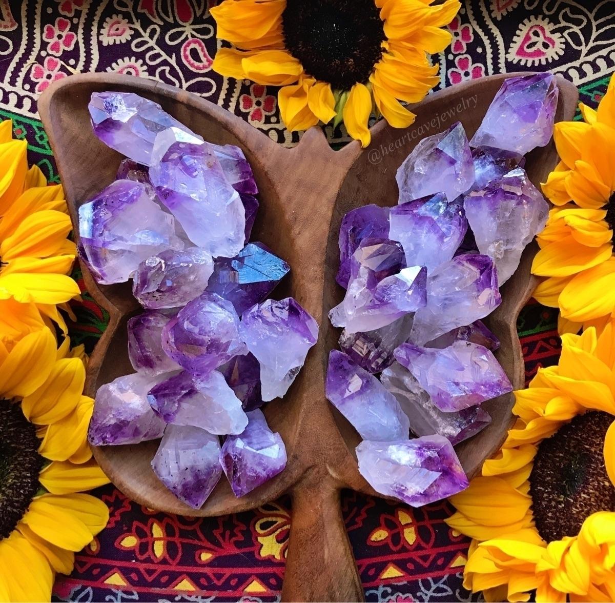 Hope beautiful day!:purple_hear - heartcavejewelry | ello