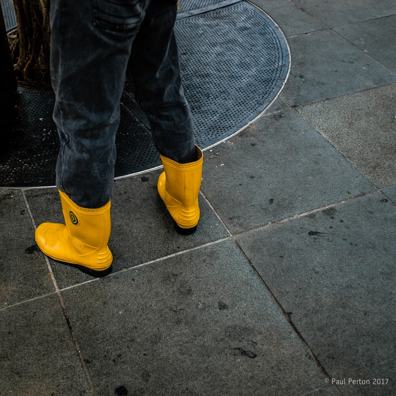 Yellow boots - Clarke Quay, Sin - paulperton | ello