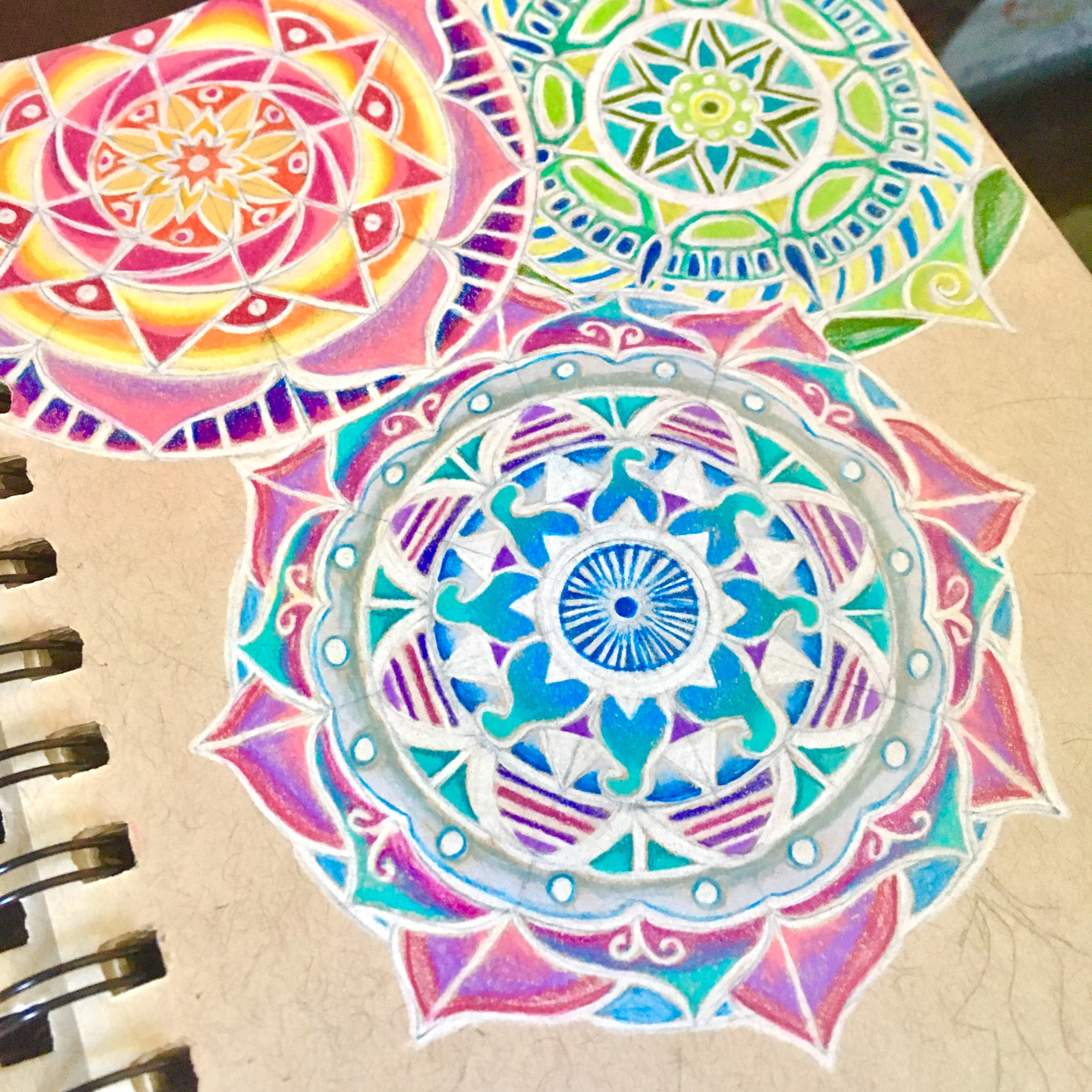 Mandala magic prismacolor penci - she_draws_for_love | ello