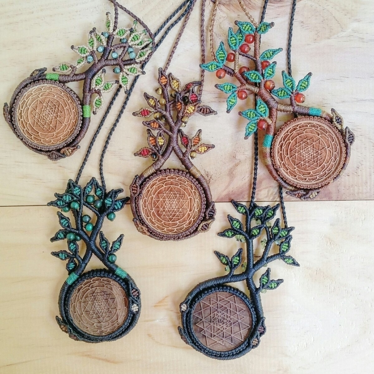 :deciduous_tree::leaves::herb:T - lifelovesmedesigns | ello