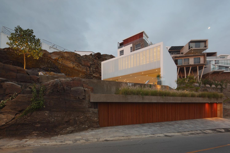 Lapa House / Martin Dulanto - architecture - red_wolf | ello