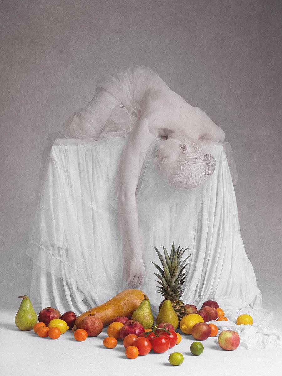 """""""Starvation"""" — Photographer/Con - darkbeautymag   ello"""