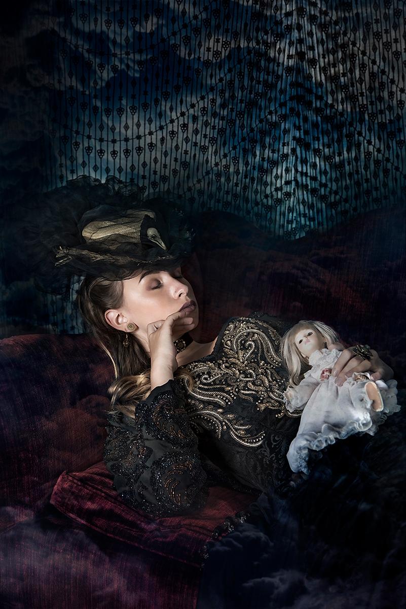 """Trance"" — Photographer:Yiaz H - darkbeautymag   ello"