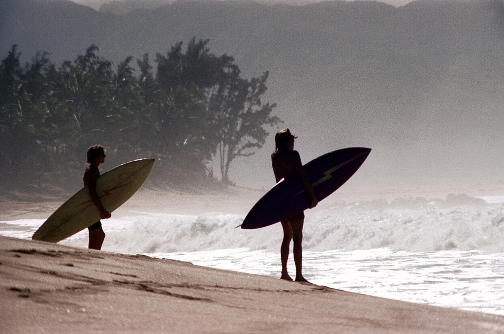 Oahu, Hawaii 1973 North Shore s - nickdewolfphotoarchive | ello