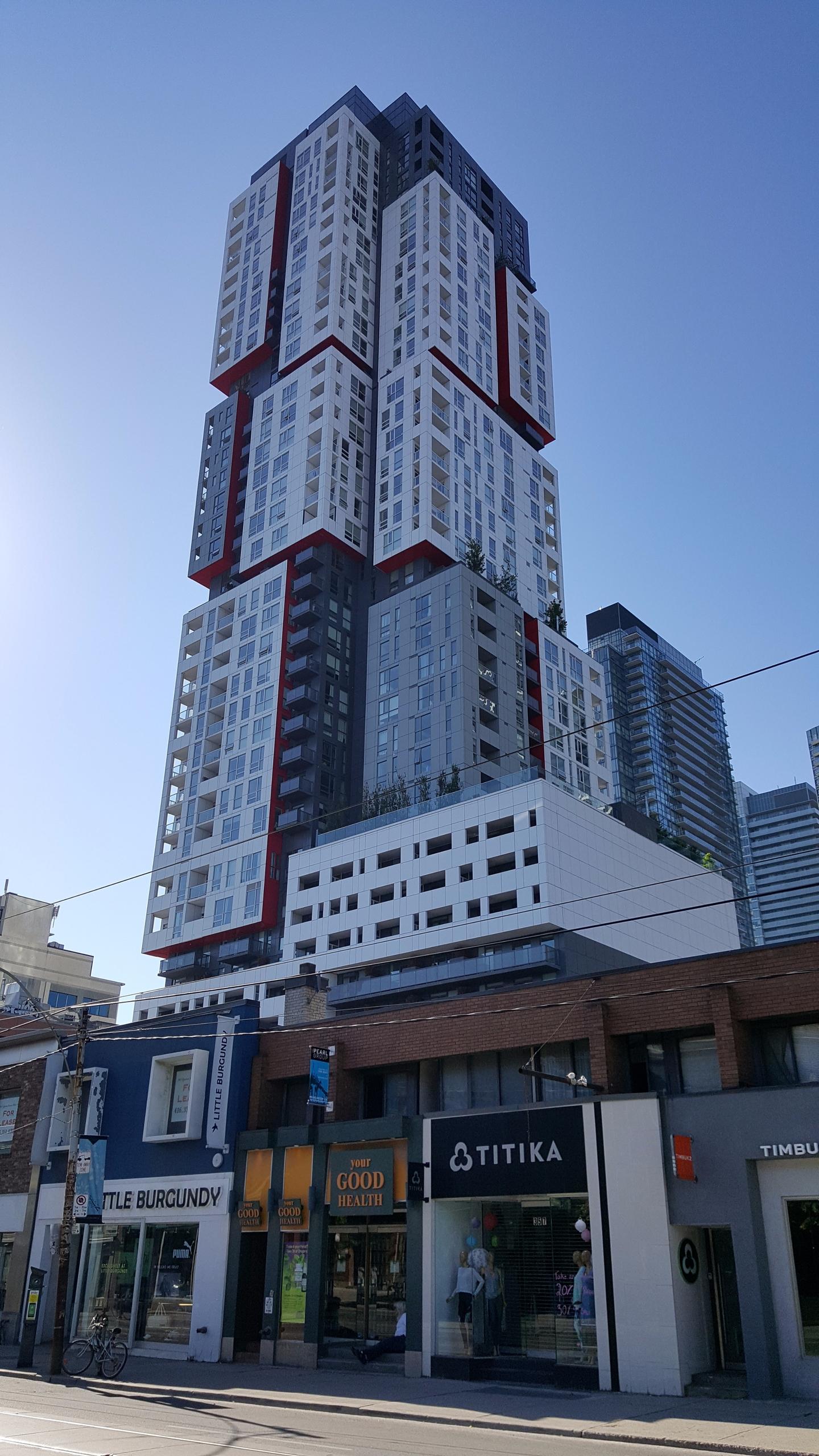 Picasso Condos, Toronto - urban - koutayba | ello