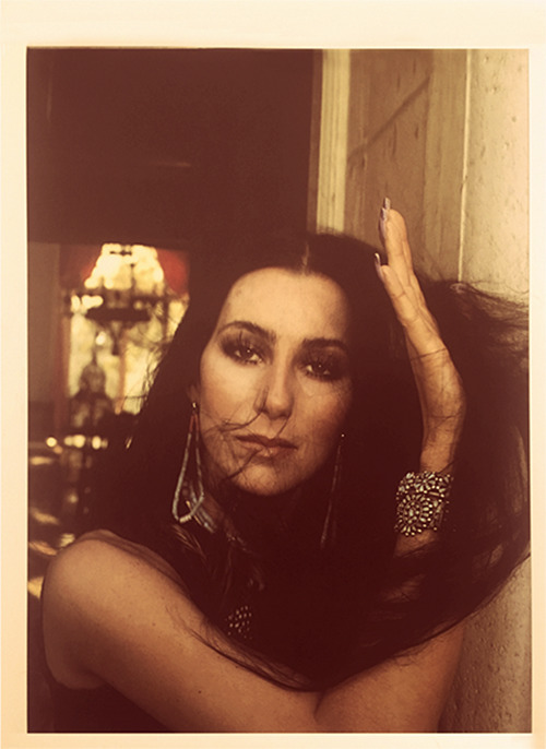 Cher Douglas Kirkland, 1975 - girlmuse | ello