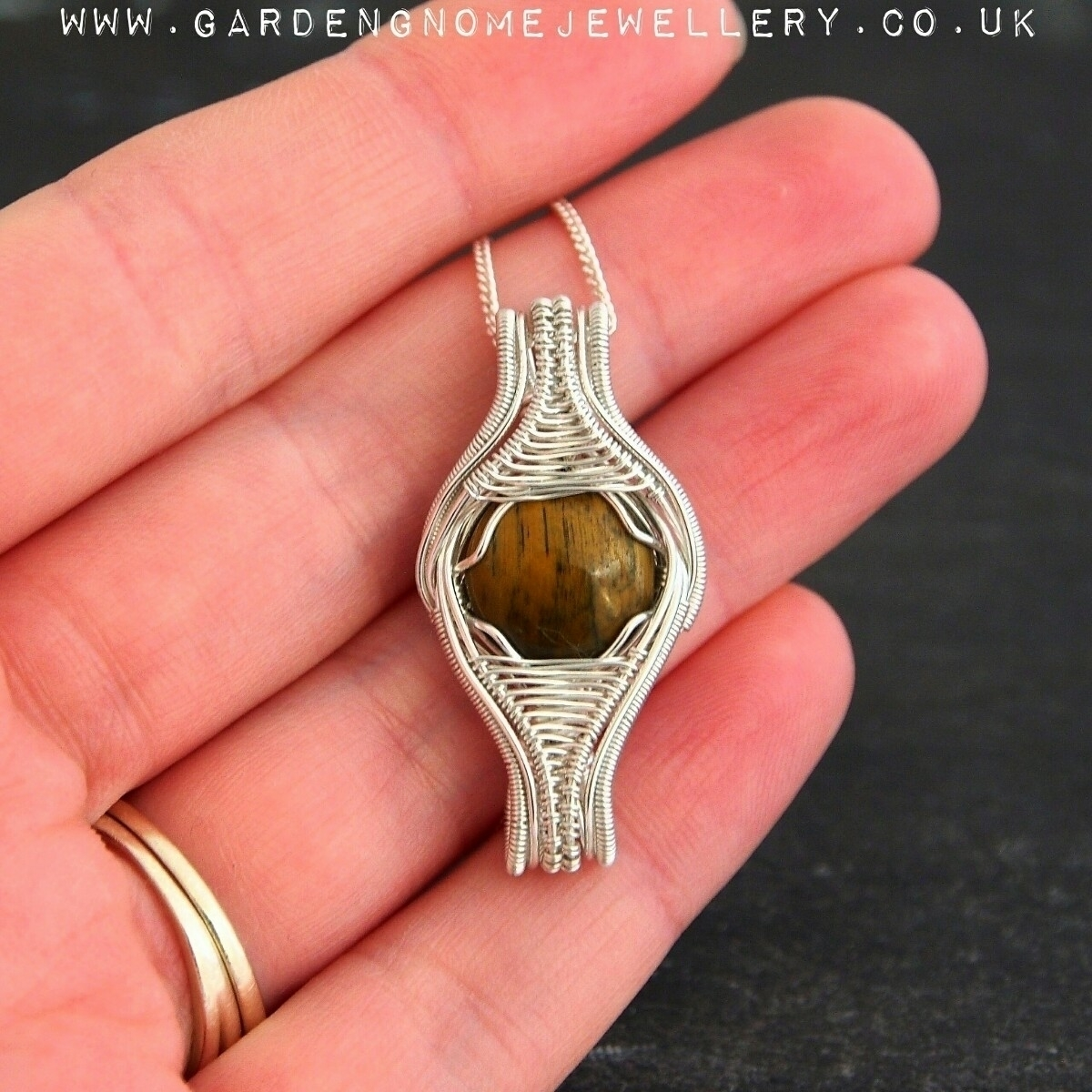 couple pieces weeks shop update - gardengnomejewellery | ello