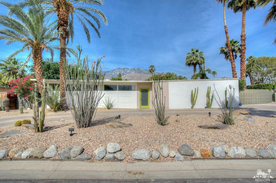 Sunny midcentury Palm Springs p - red_wolf | ello