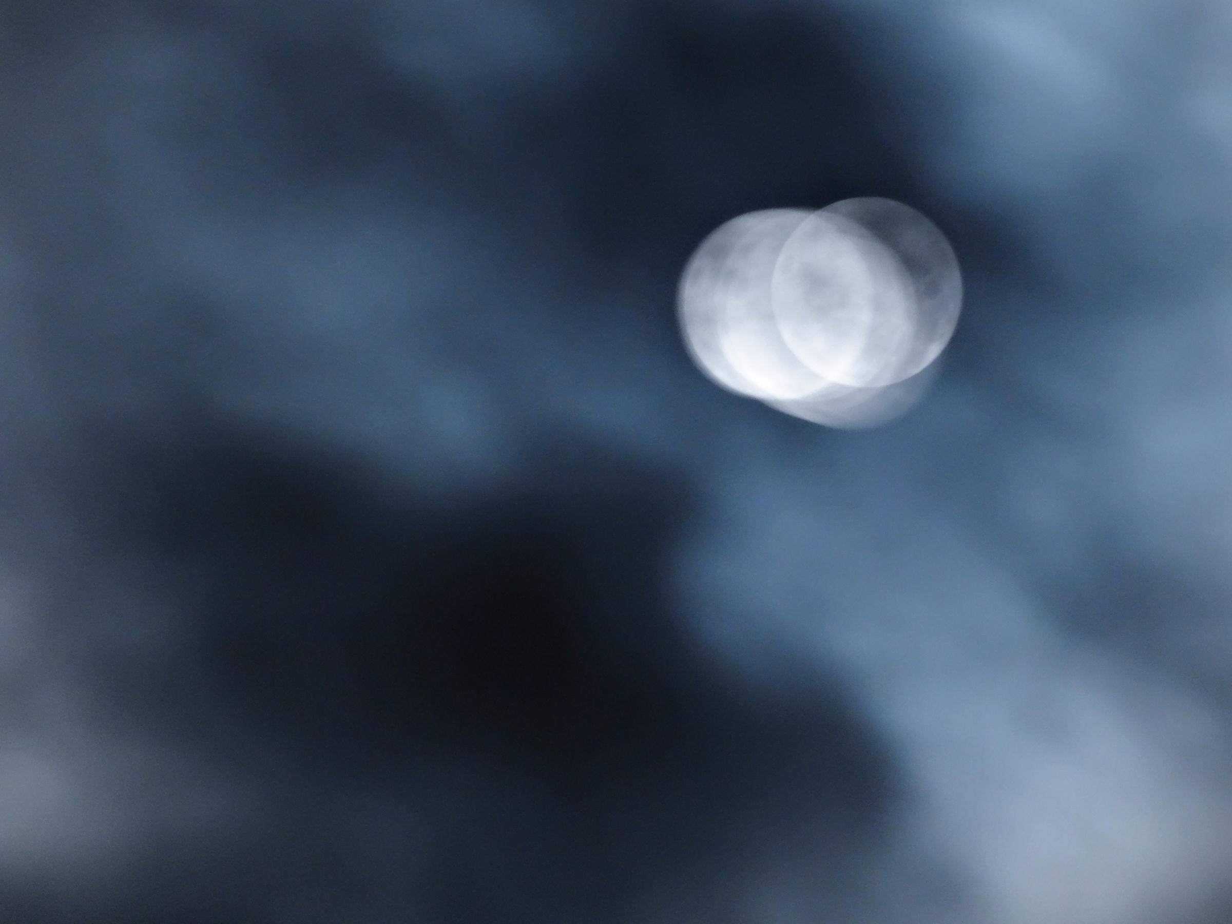 Moonpull moon shadows soul reig - dropshot   ello