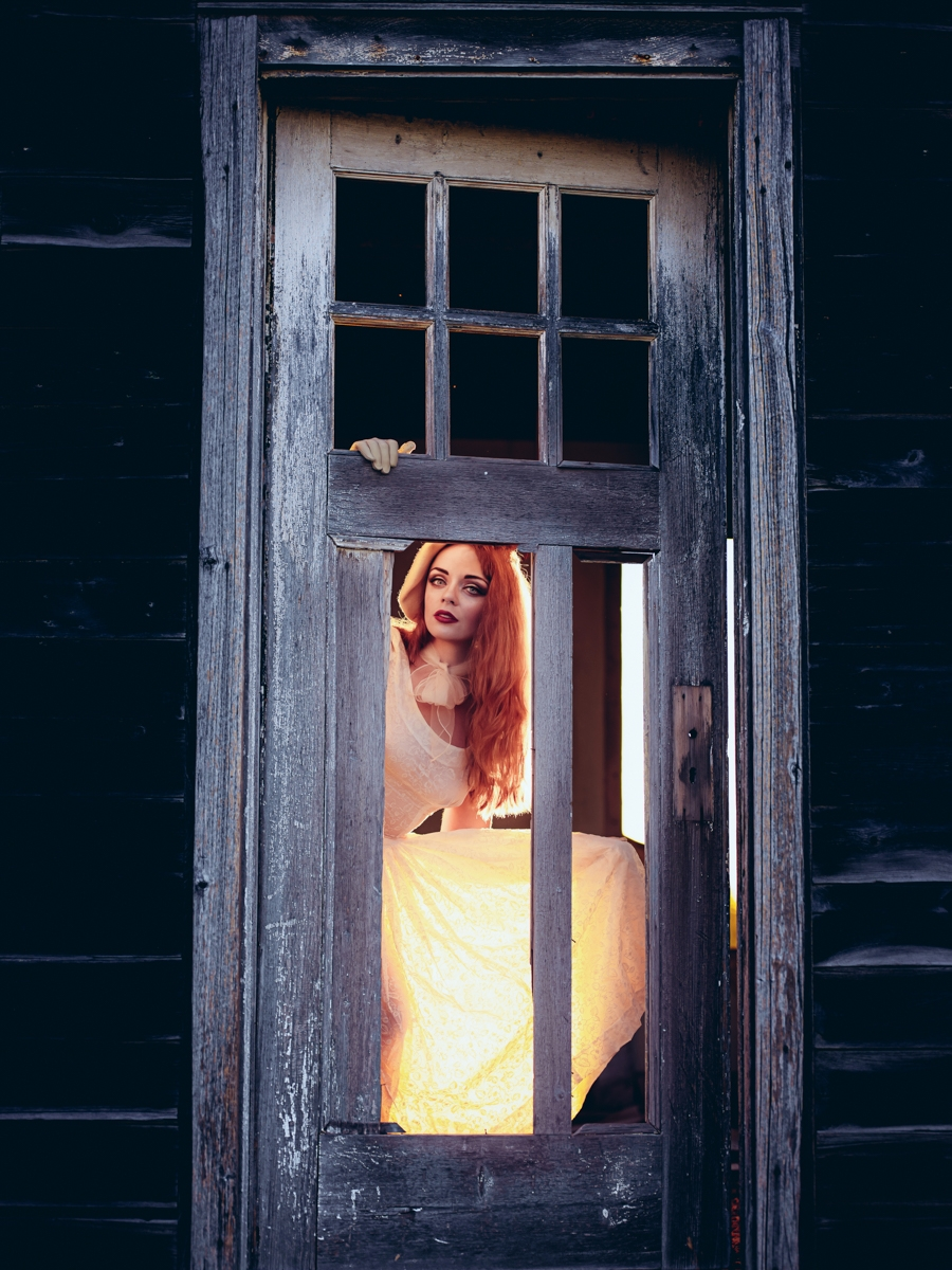 Photographer:Lee Bodson Model - darkbeautymag | ello