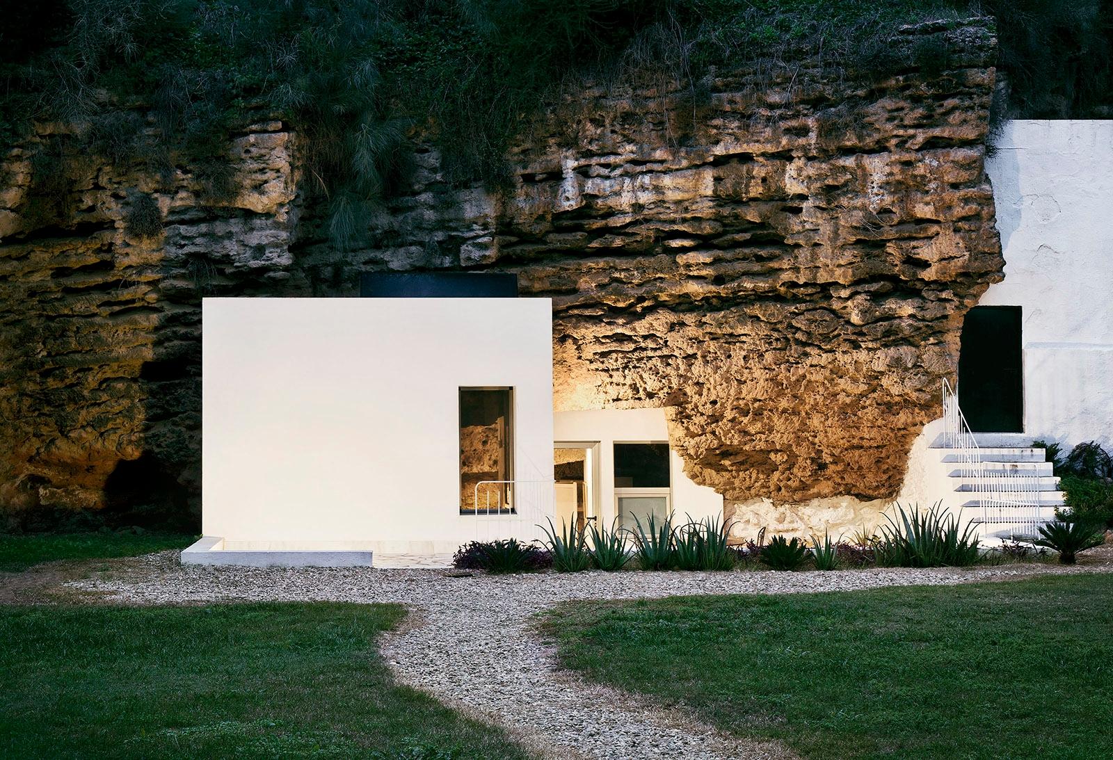 Casa Cave UMMO Estudio modern h - thetreemag | ello