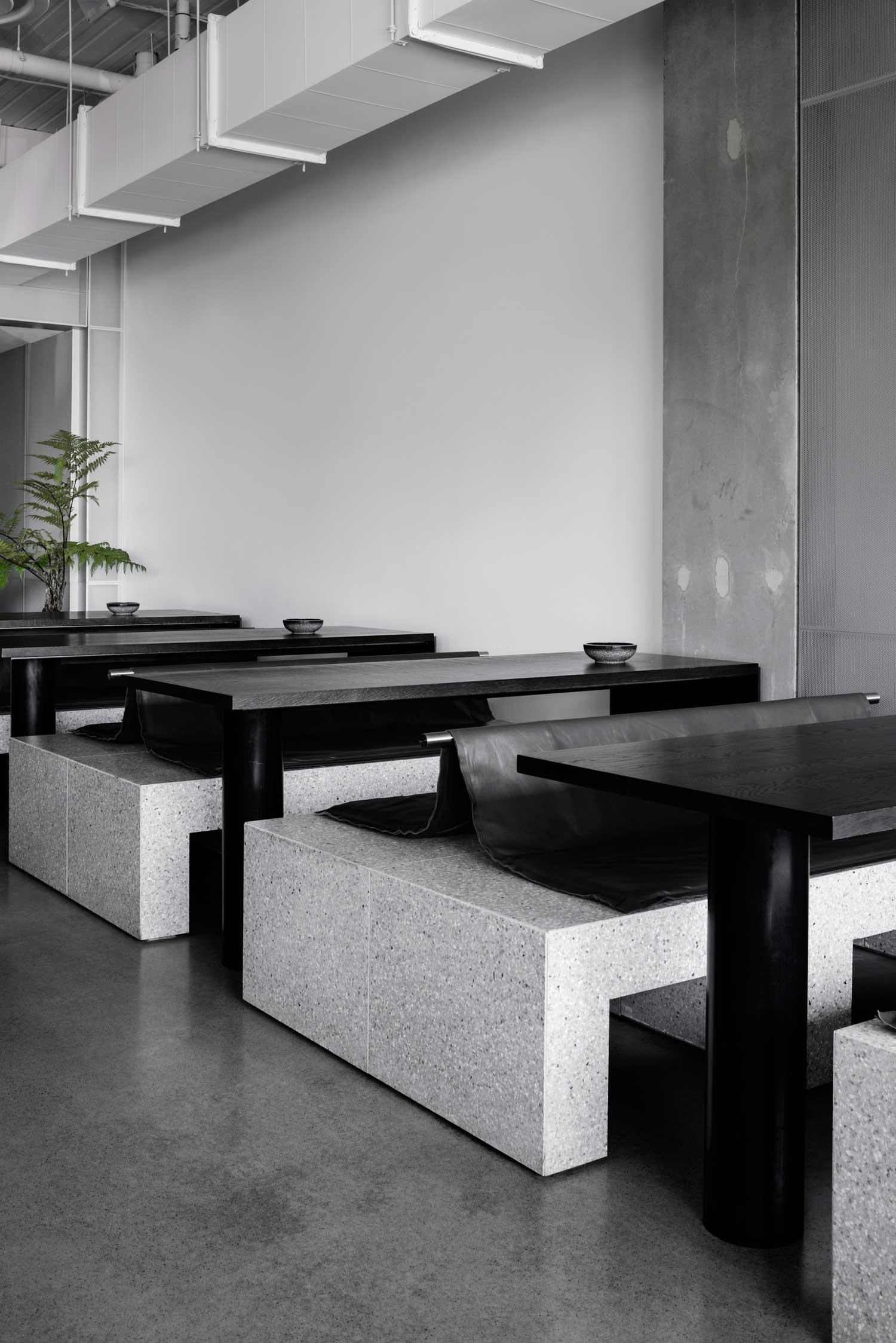 Ritz Penta Café essentially dre - barenbrug   ello