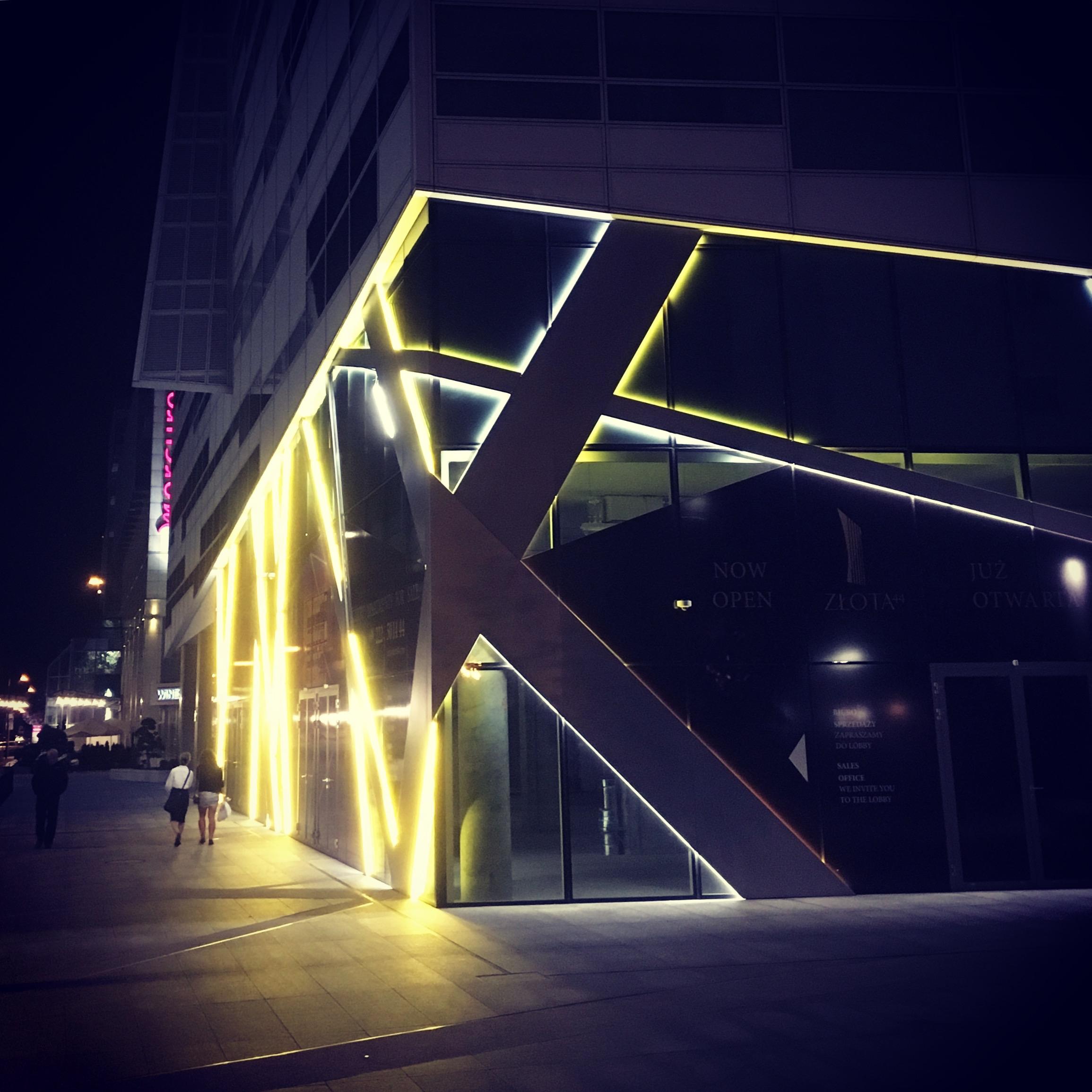 Lights lines architecture extra - stigergutt | ello