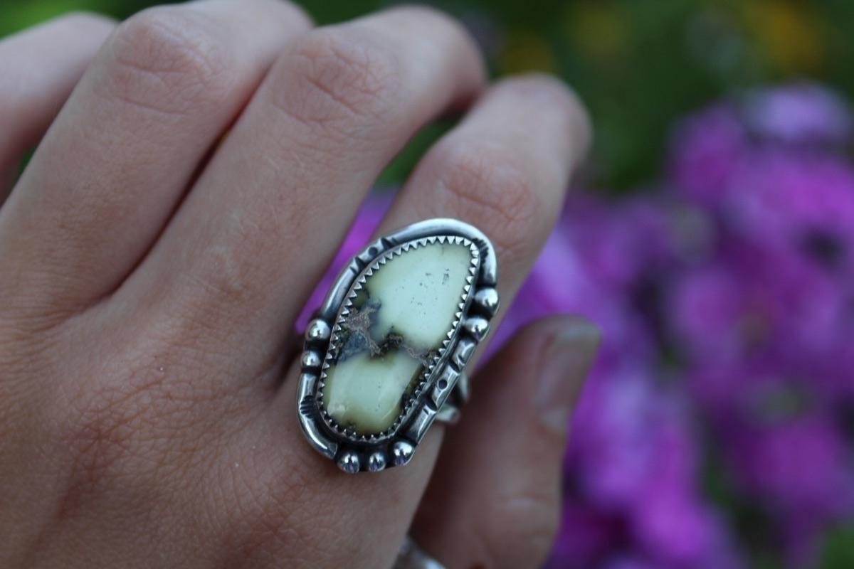 Natural Damele Turquoise Size 8 - skeletonkeyjewelry | ello