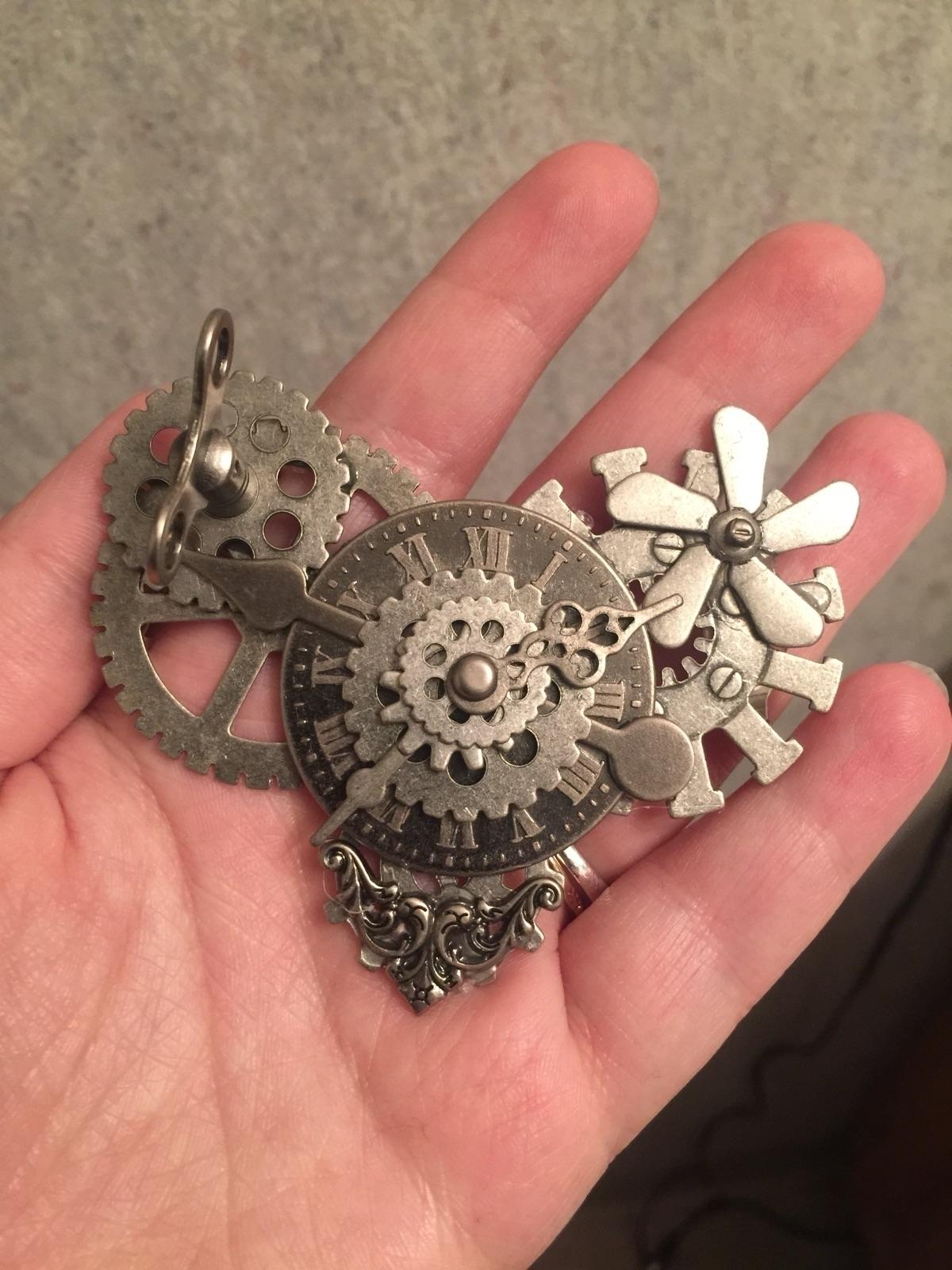 Tin Heart brooch/ pin! shop - aestheticambrosia - aestheticambrosia | ello