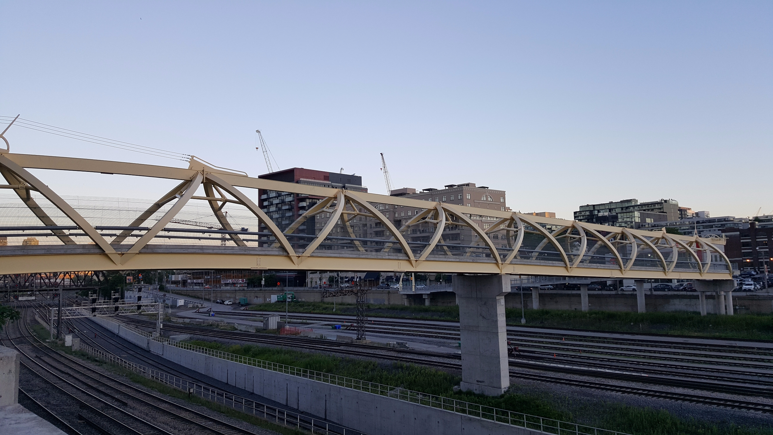 Puente de Luz, bridge light - T - koutayba | ello