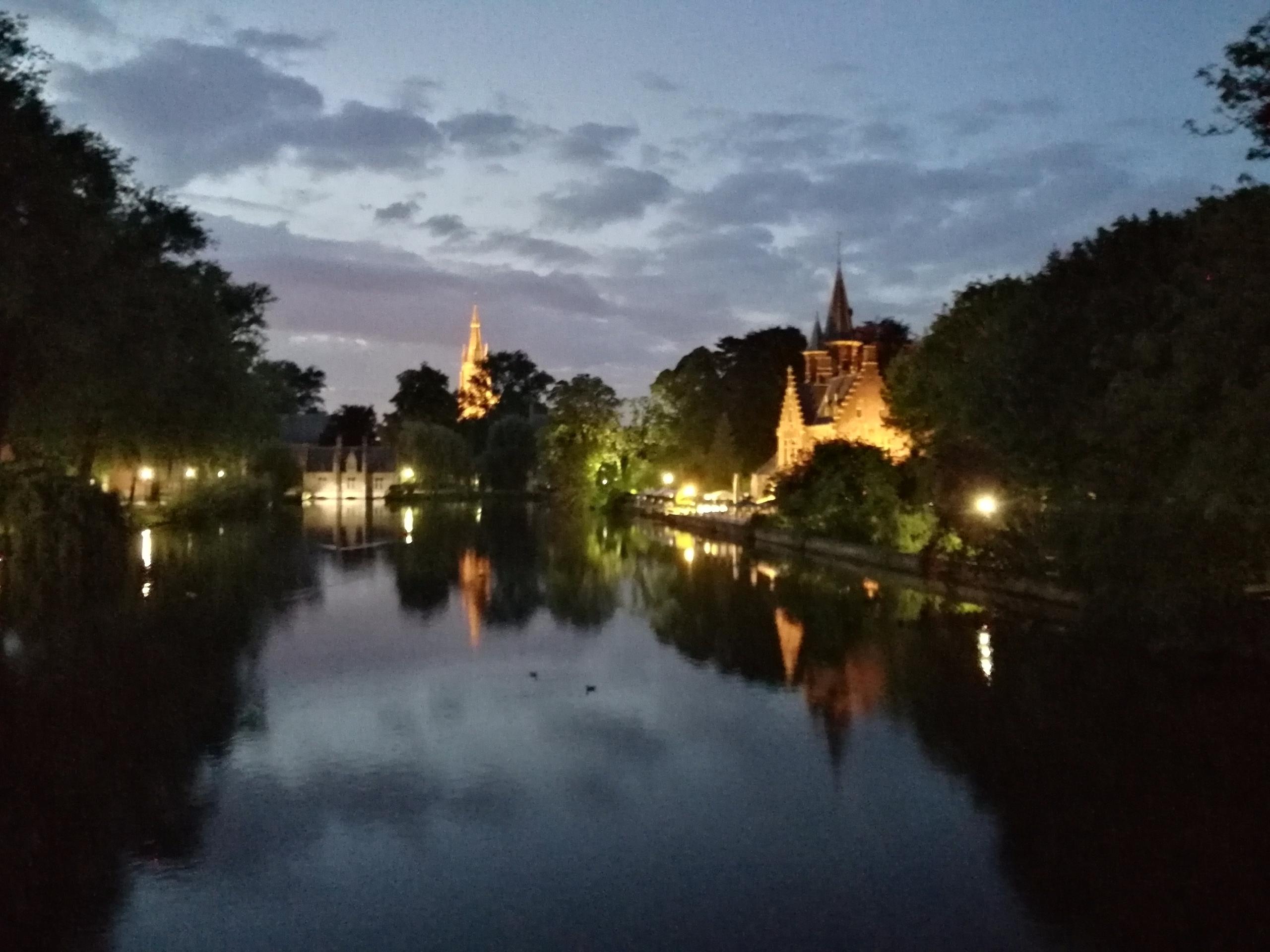 Brugge - Natural Mirror Huawei  - bartvancoillie | ello