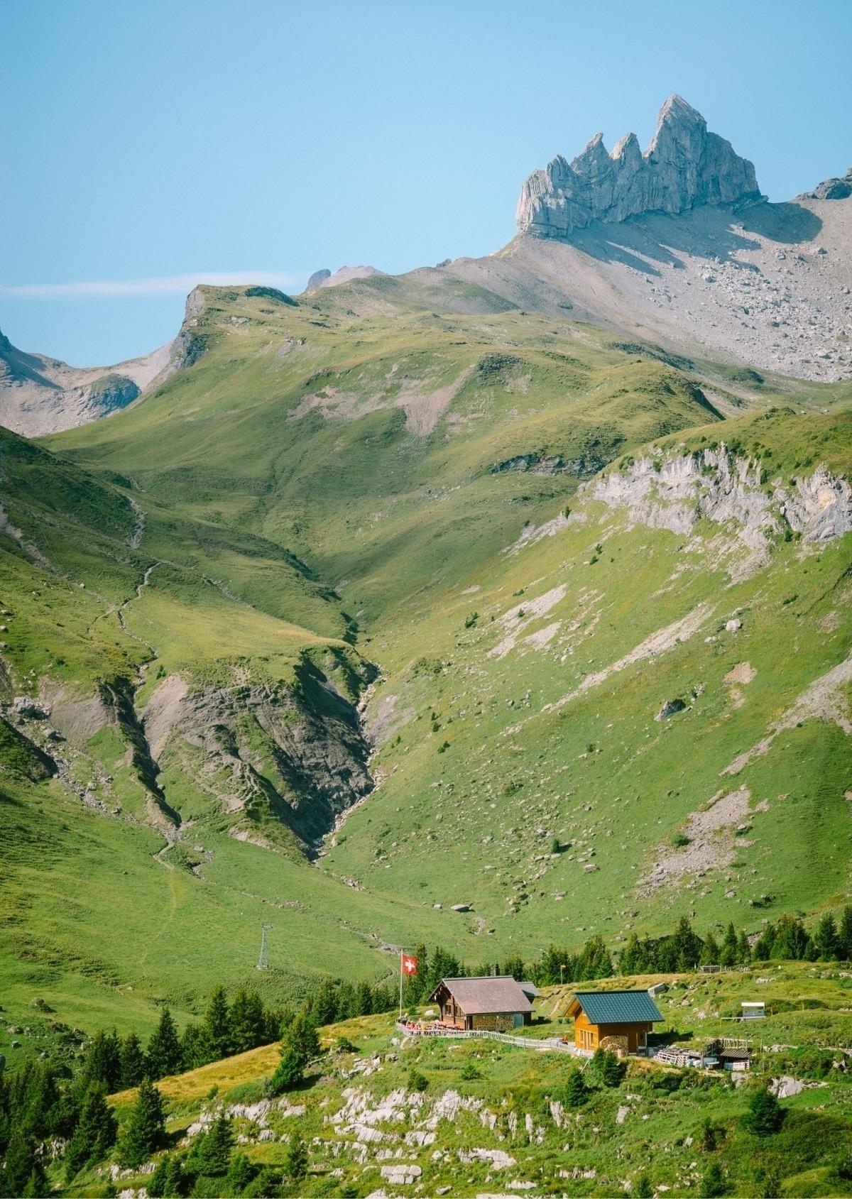 Postcard perfection. Lobhornhüt - sethsquatch | ello