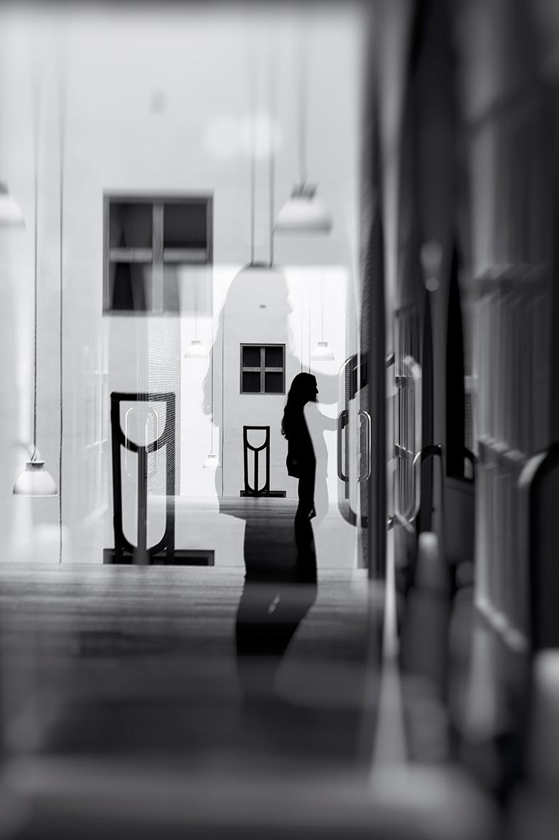 doors open heart. knock. feel.  - mauriliers | ello