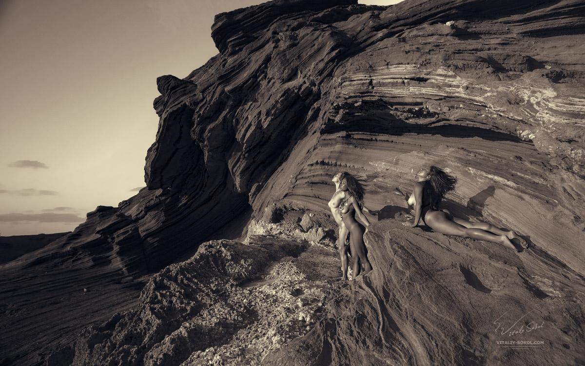 naked, nude, mountain, blackandwhite - ukimalefu | ello