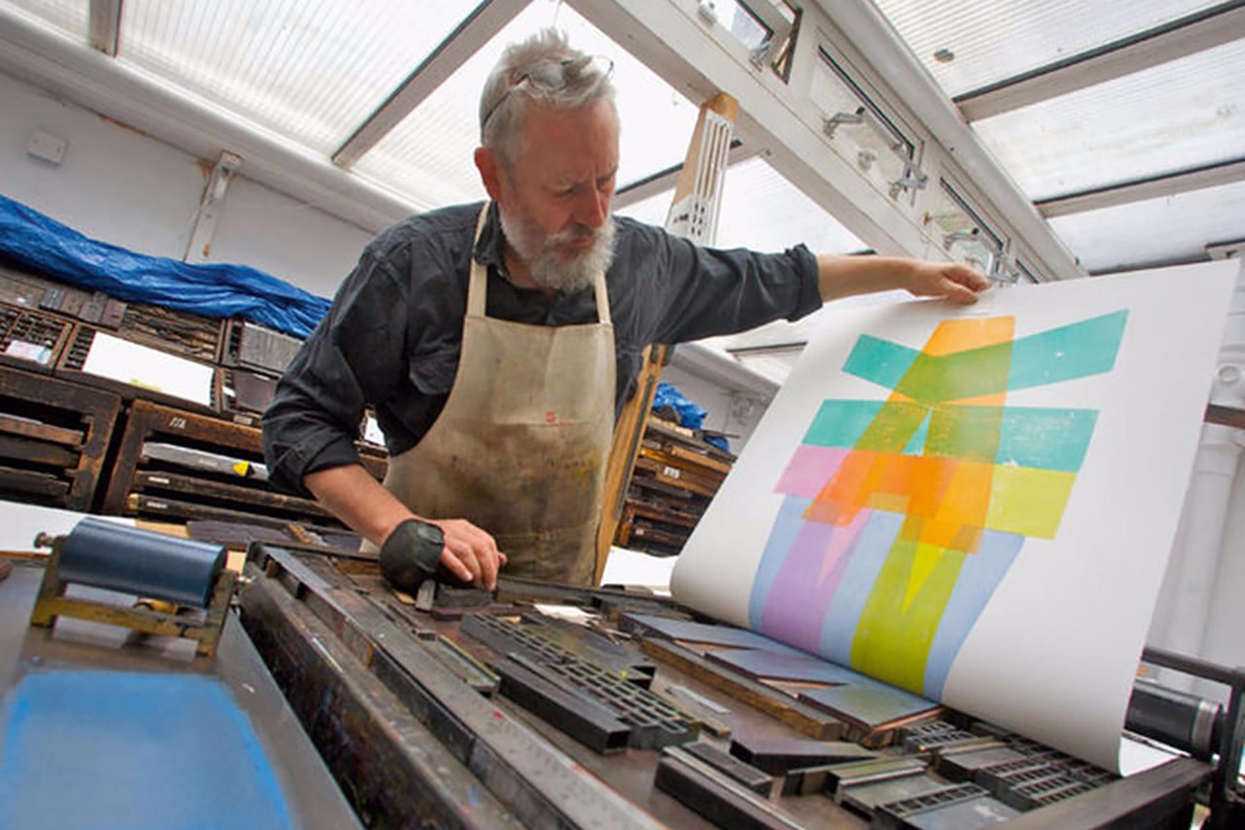 Watch master type designer Alan - graphicdesign | ello